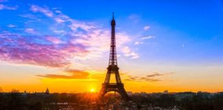 romantic warm sunset at Paris