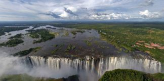 Victoria Falls for best vacation