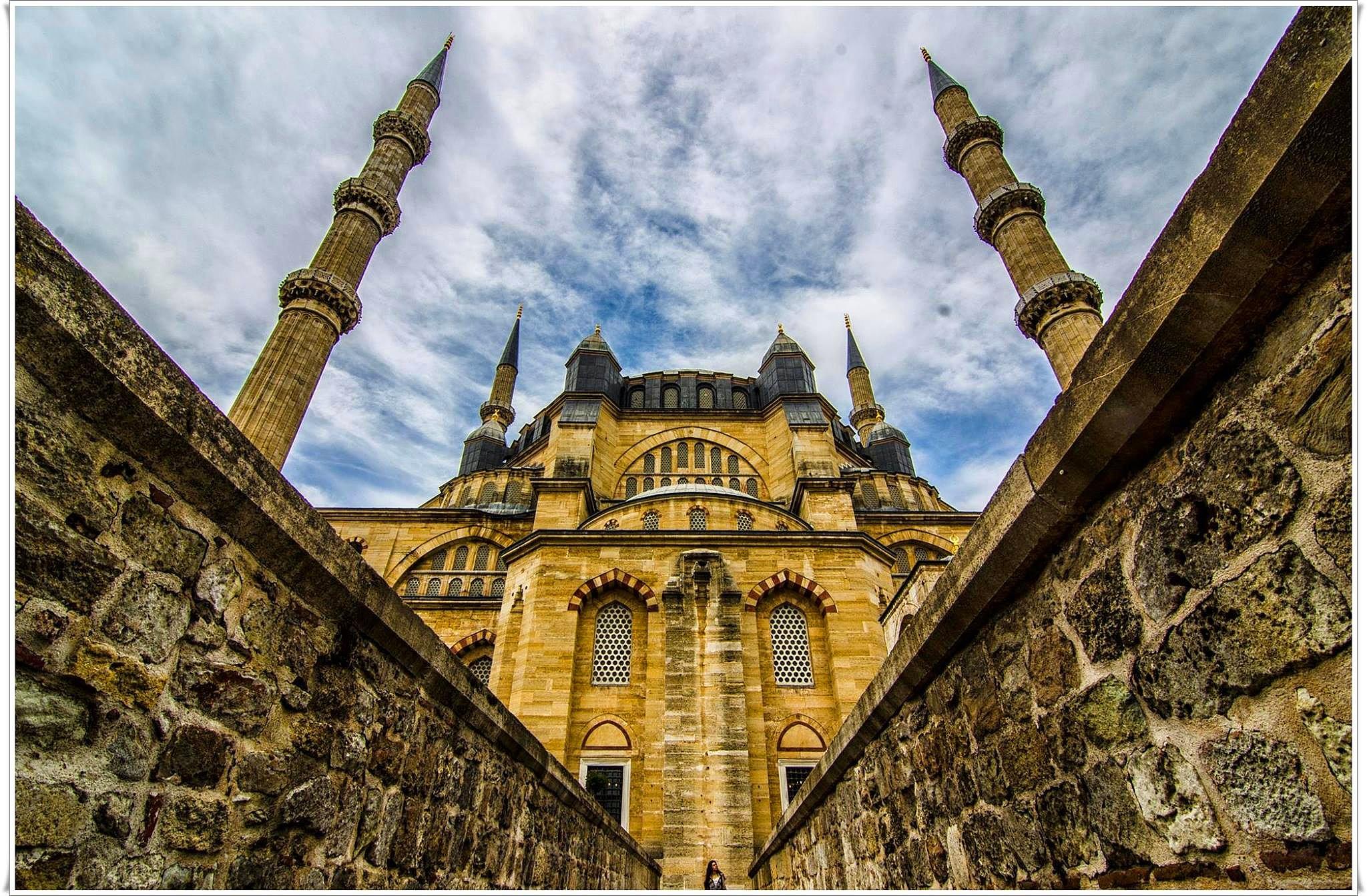 Edirne Turkey Unique Ancient History - Gets Ready