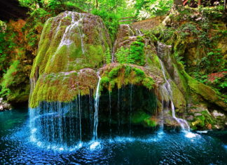 Izvorul bigar waterfall so awesome