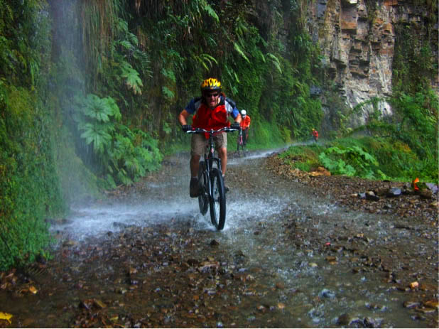 Mountain biking in la paz bolivia