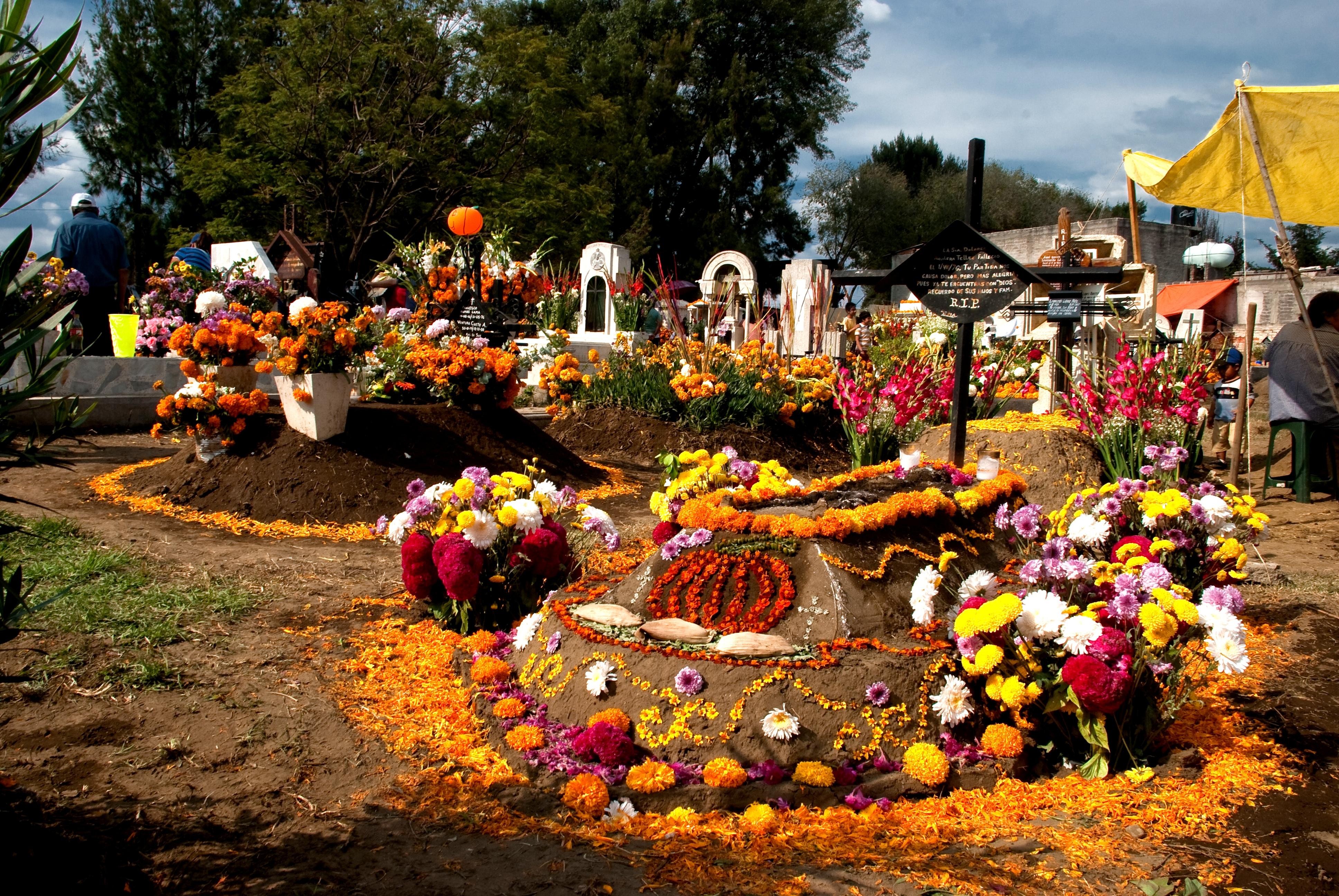 Tecomitl cemetery