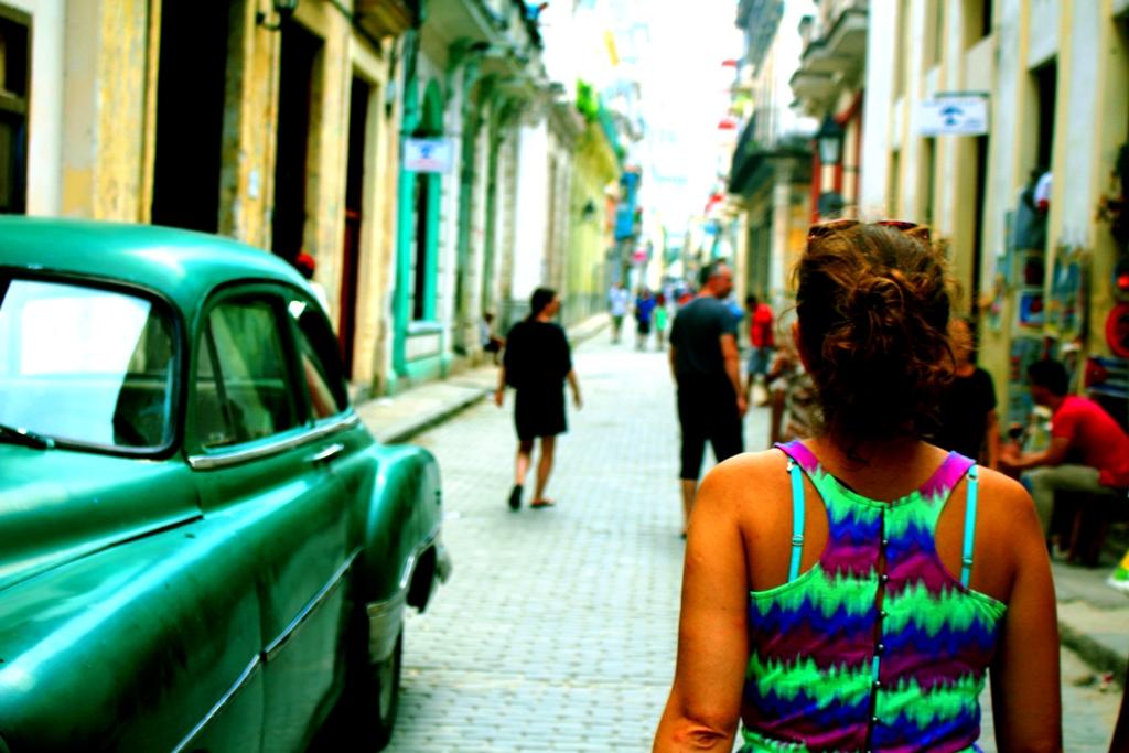 Cuba calle brasil