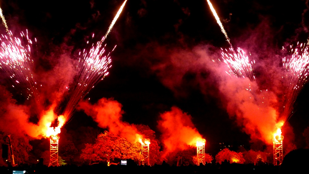 learn about and celebrate guy fawkes night a historic u k day