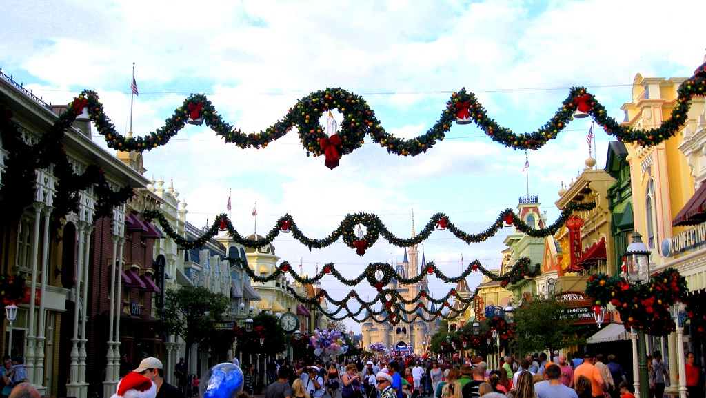 Magic crowds