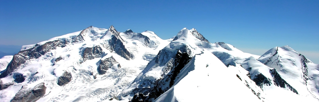 Skiing in the Alps - Monterosa