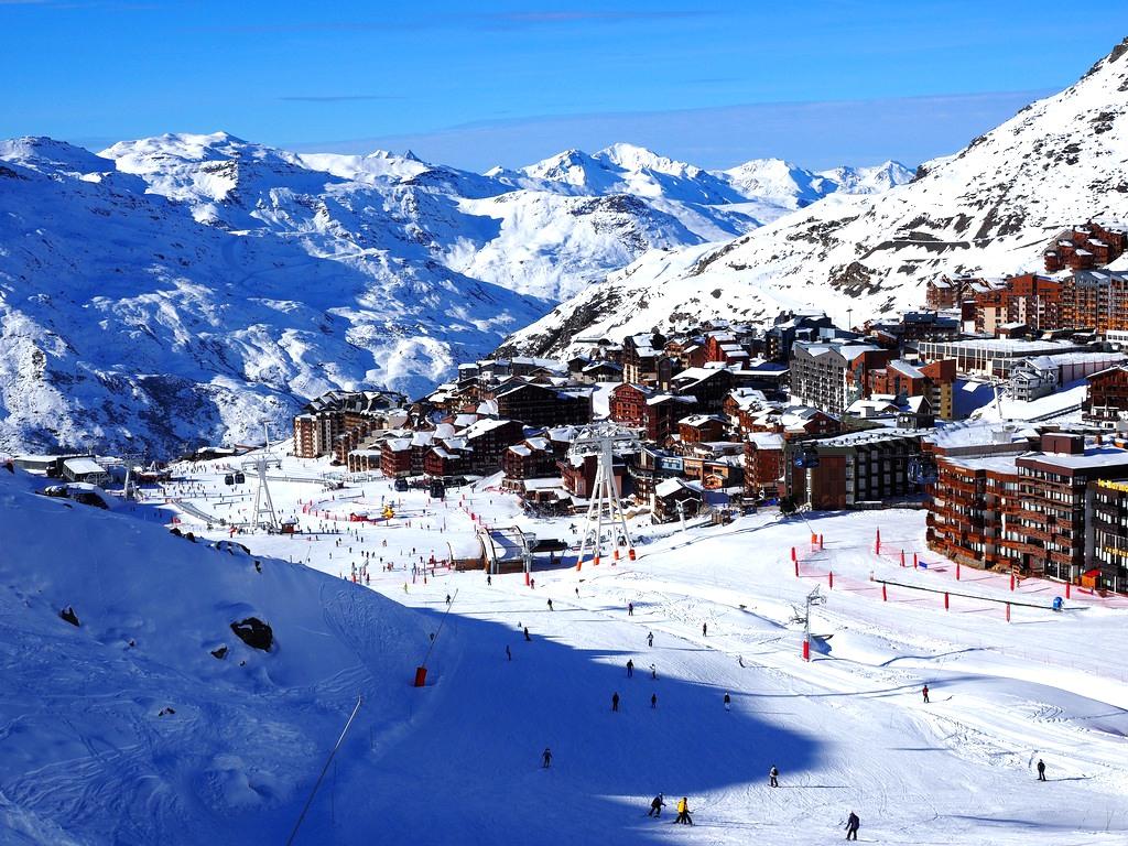 Skiing in the Alps - Ski Resort France