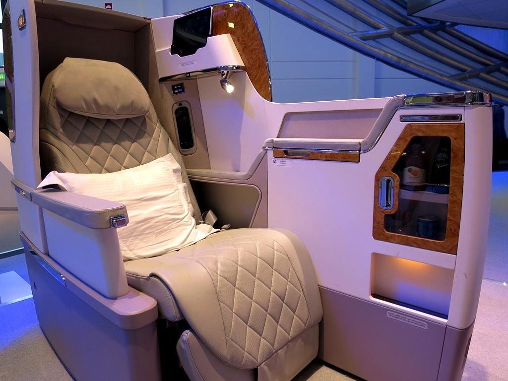 Emirates First Class - Business Class Cabins