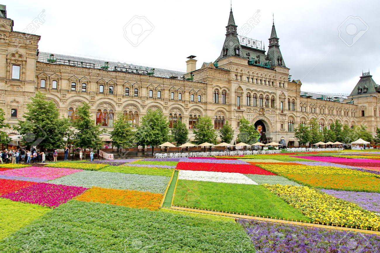 Flower festival in red square in moscow